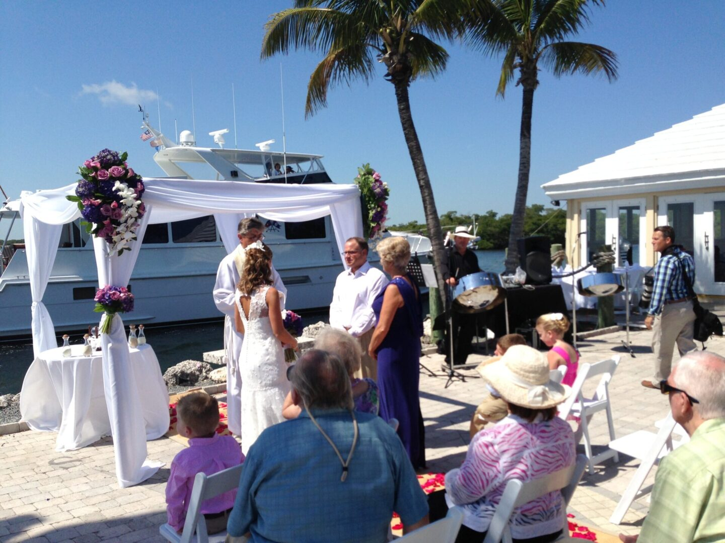 Reel Ting Photo A Ceremony Ocean Reef